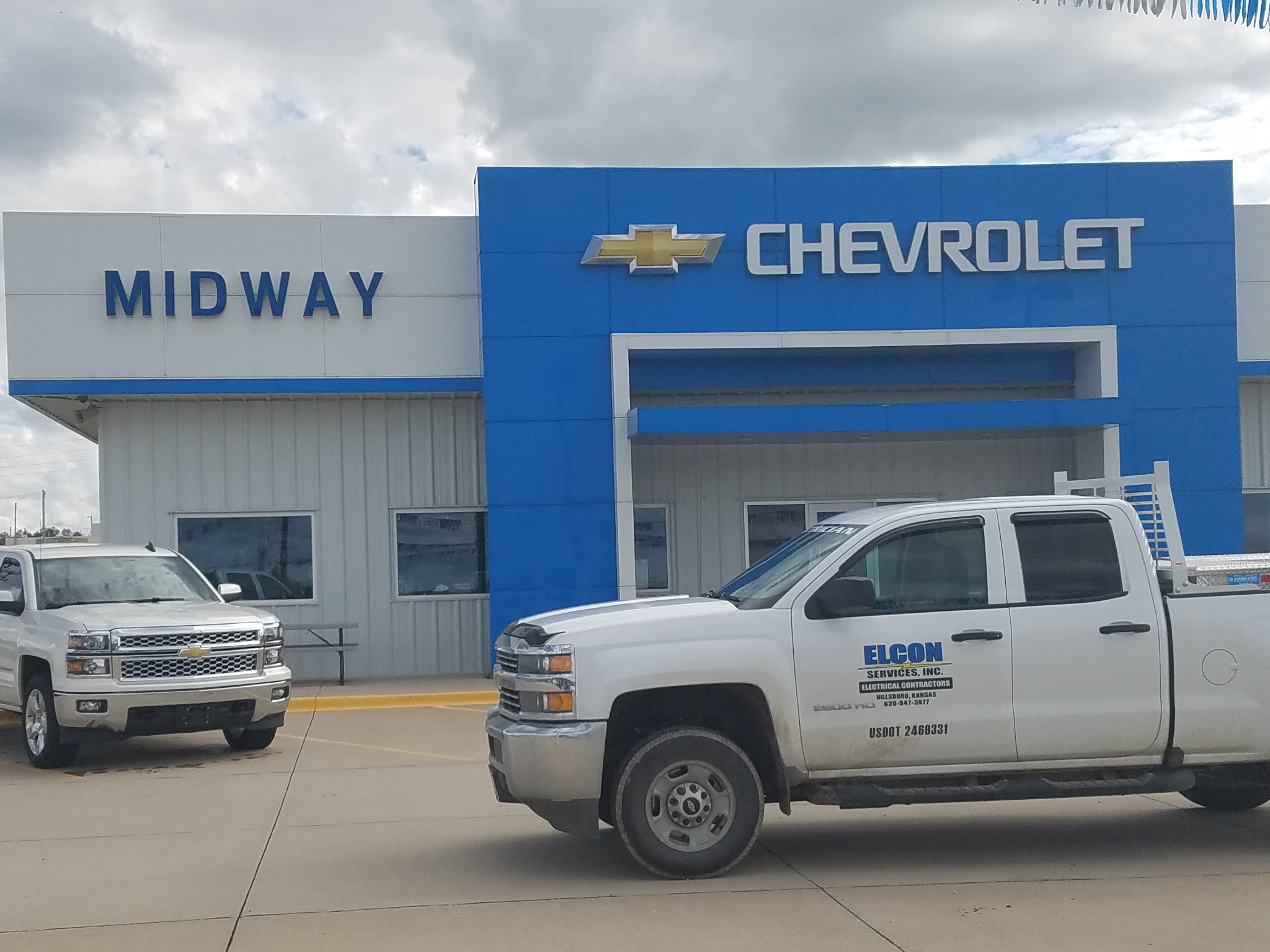 Midway motors hillsboro for Midway motors chevrolet of hutchinson